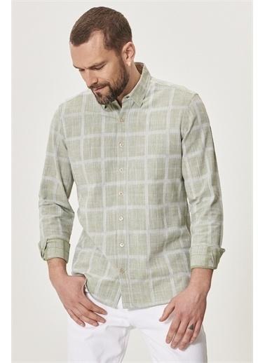 AC&Co / Altınyıldız Classics Tailored Slim Fit Dar Kesim Düğmeli Yaka %100 Koton Gömlek 4A2021200048 Yeşil